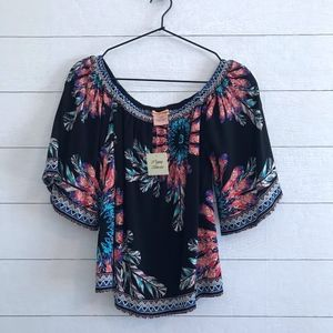 New Flying Tomato Off Shoulder Top
